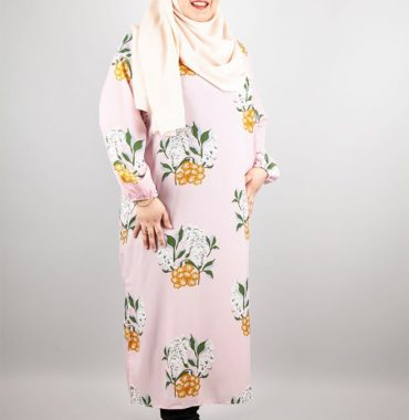 Caitlyn Floral Dress in Pink